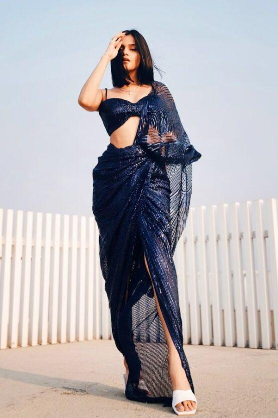 Meghna kaur beautiful sequence saree 2021