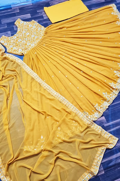 Party wear yellow gown design 2021 Latest