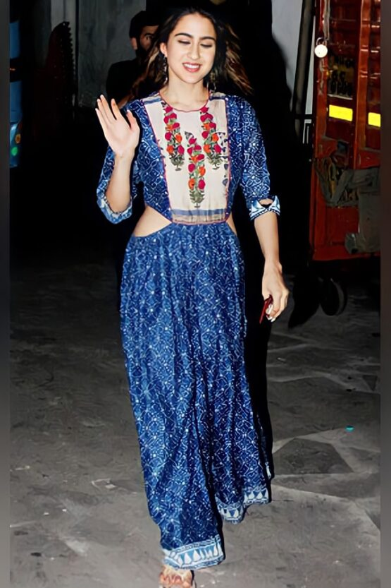 Sara ali khan in Blue gown Latest Outfit 2021