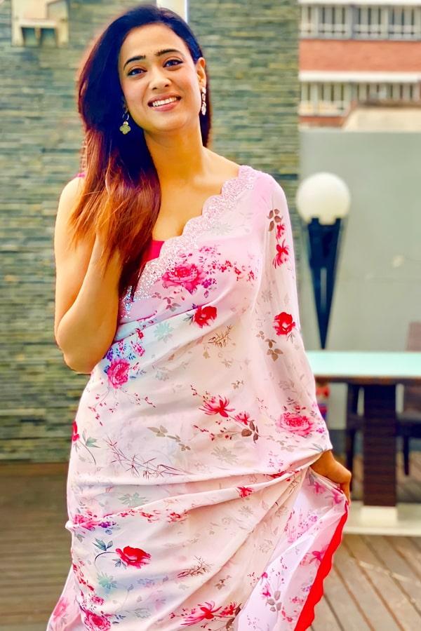 Shweta tiwari pink saree buy online 2021