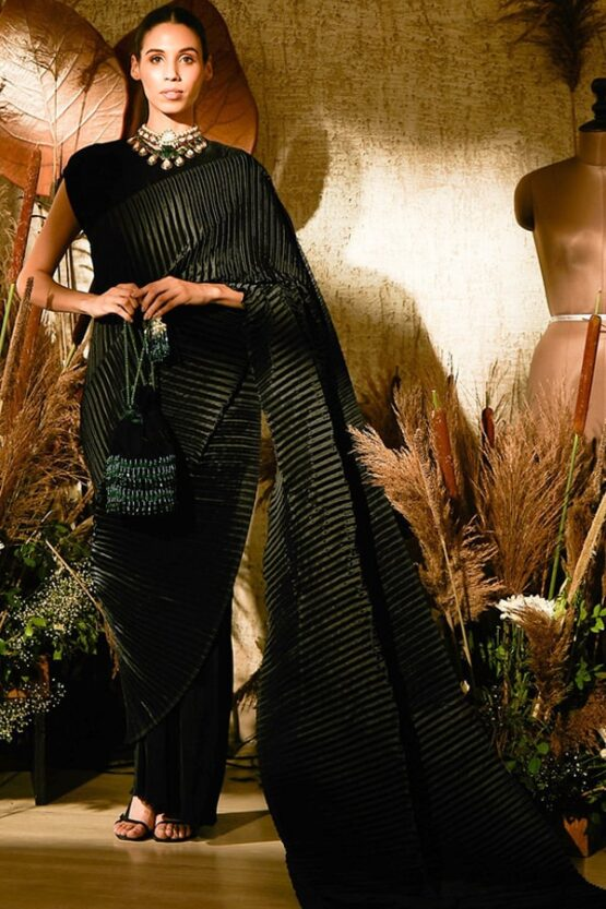 Simple designer sarees for wedding party Black 2021
