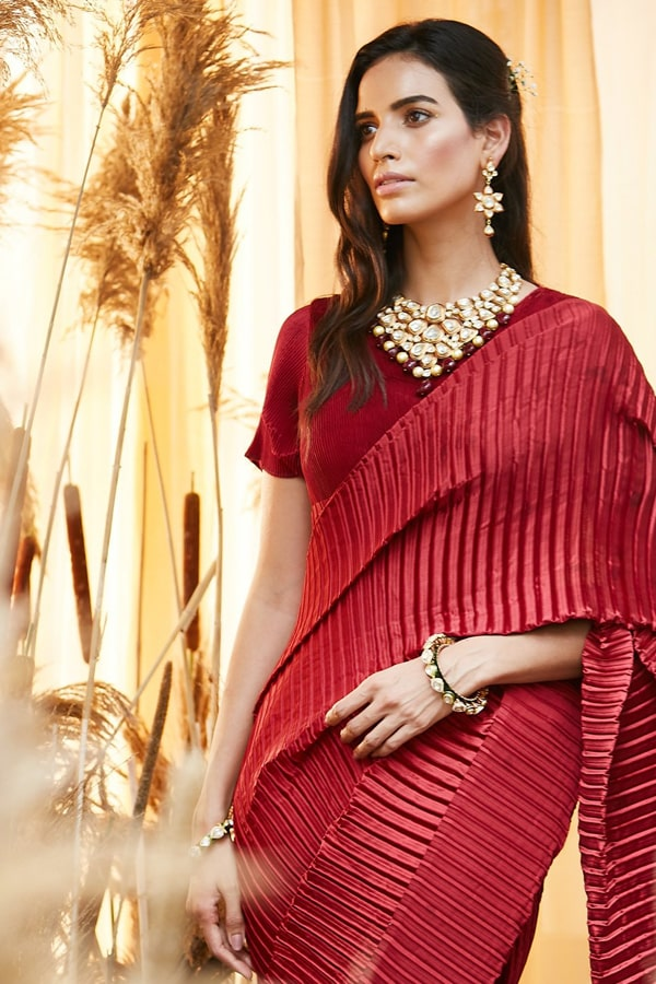 Simple designer sarees for wedding party Red 2021