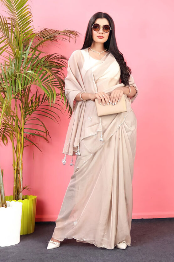 Fashionable party wear saree for unmarried girls 2021
