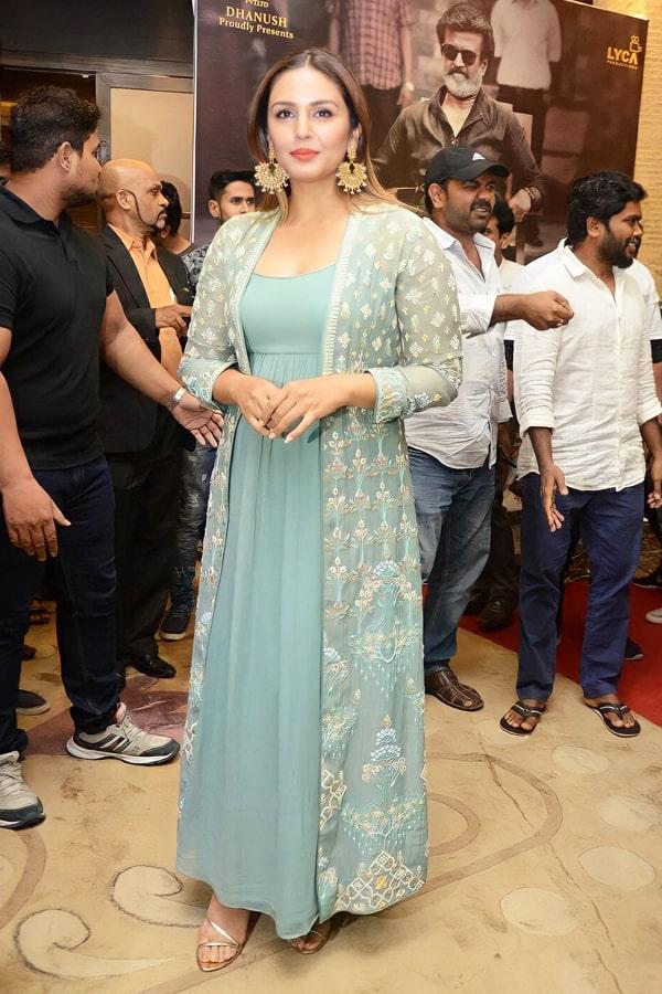 Huma qureshi dresses Gown in Kaala press meet