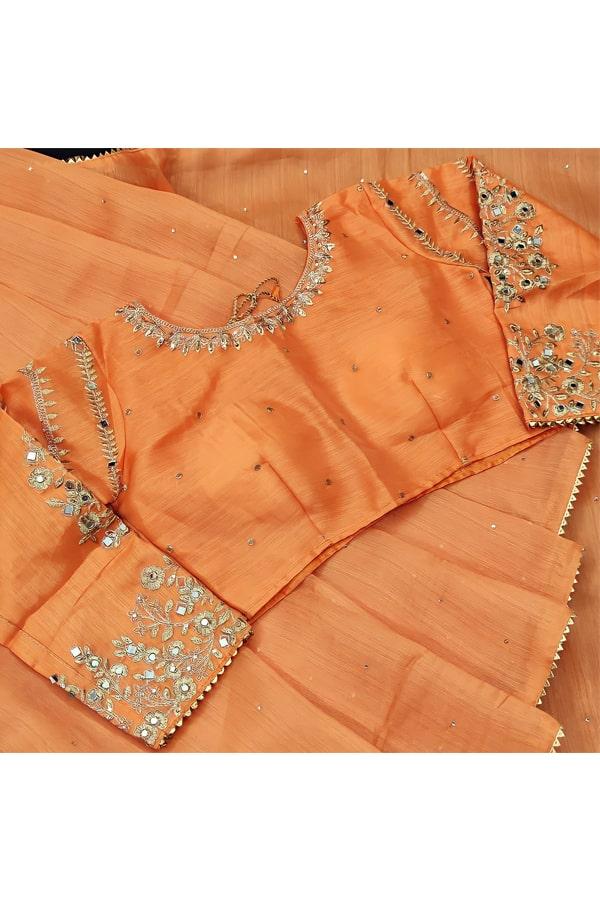 Indian wedding guest look in saree
