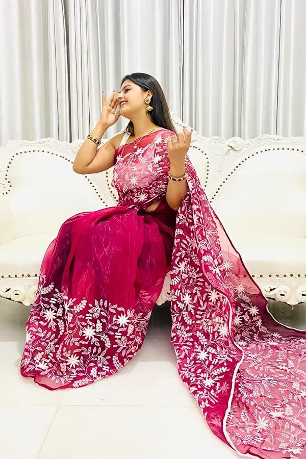 Indian wedding guest saree look 2021