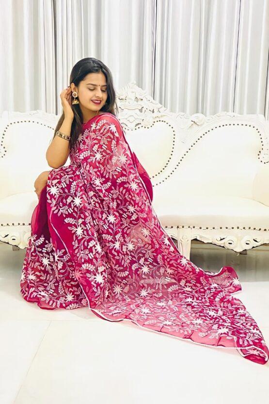 Indian wedding guest saree look 2021.