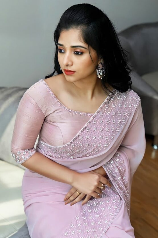 Indian wedding guest saree look pink 2021