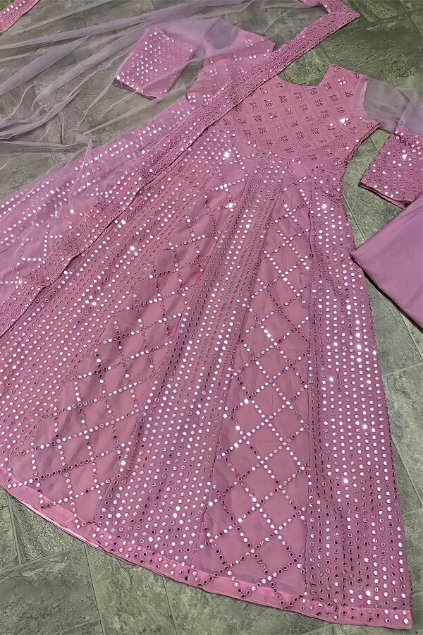 Indian wedding outfit for female guest 2021 (2)