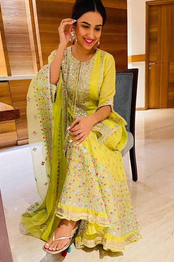 Jasmin bhasin Yellow sharara plazzo dress online