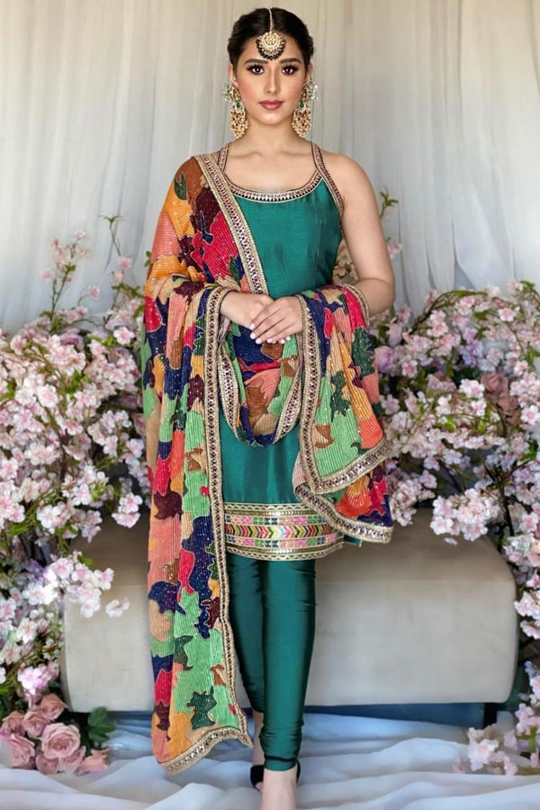 Latest long frock designs 2021 for wedding
