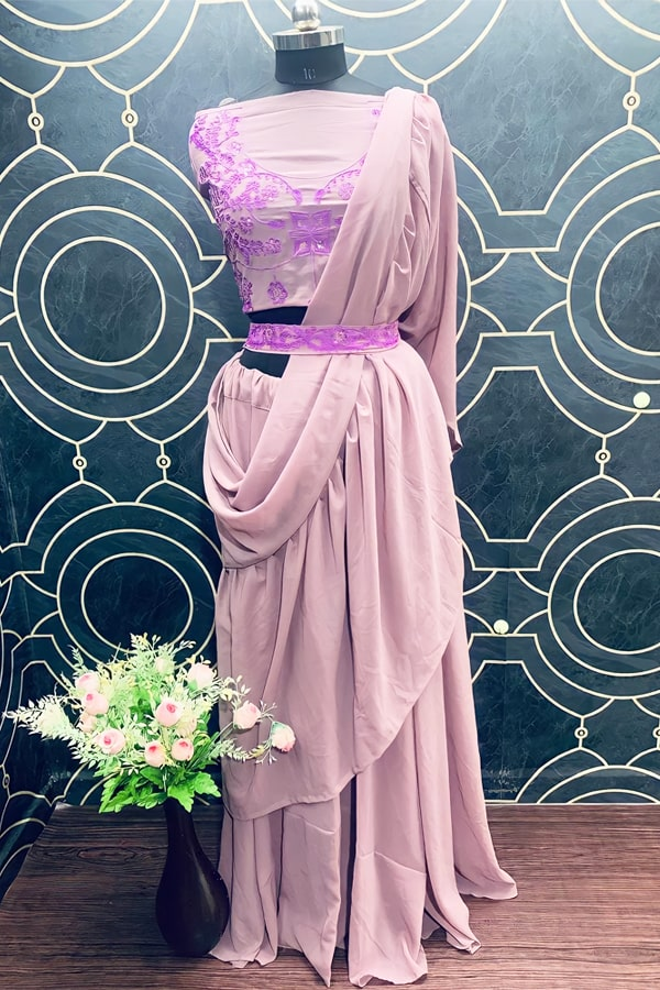 Lehenga look for Indian wedding guest outfits