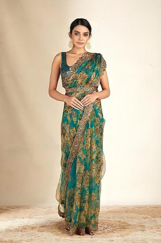 Modern designer saree for Wedding Reception online.
