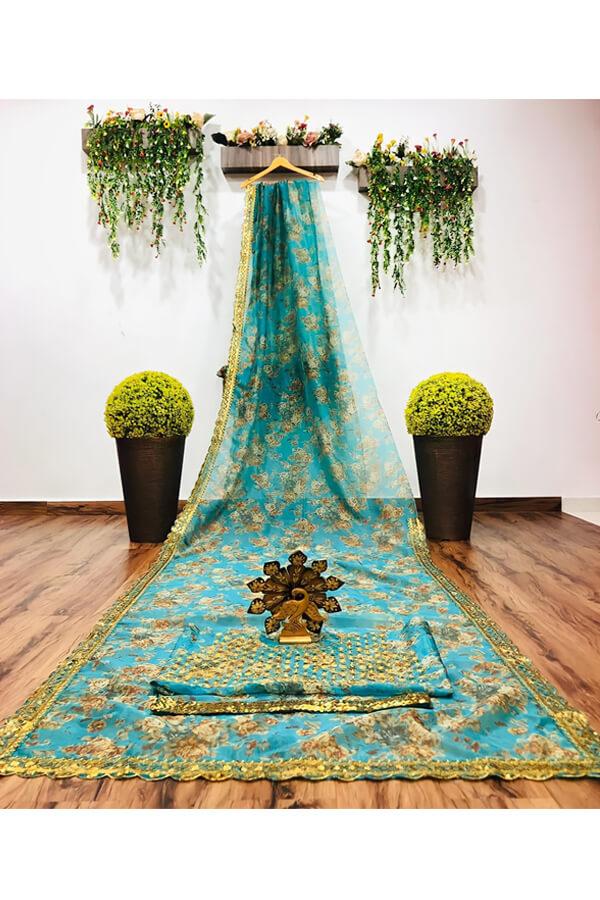 Modern designer saree for Wedding Reception online...