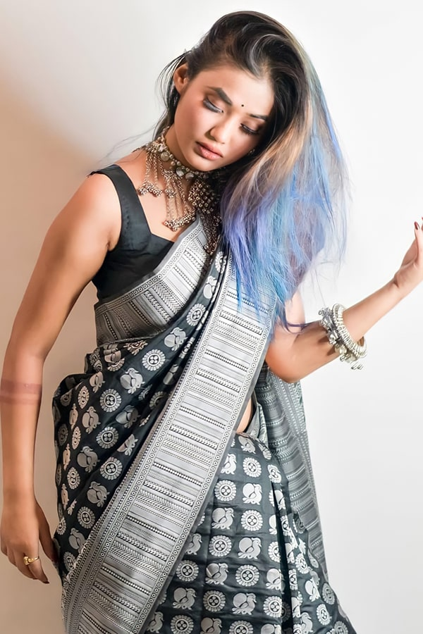 Modern designer saree for wedding Reception 2021