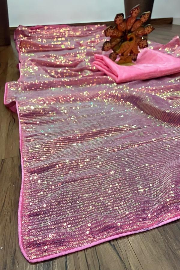 nora fatehi saree collection