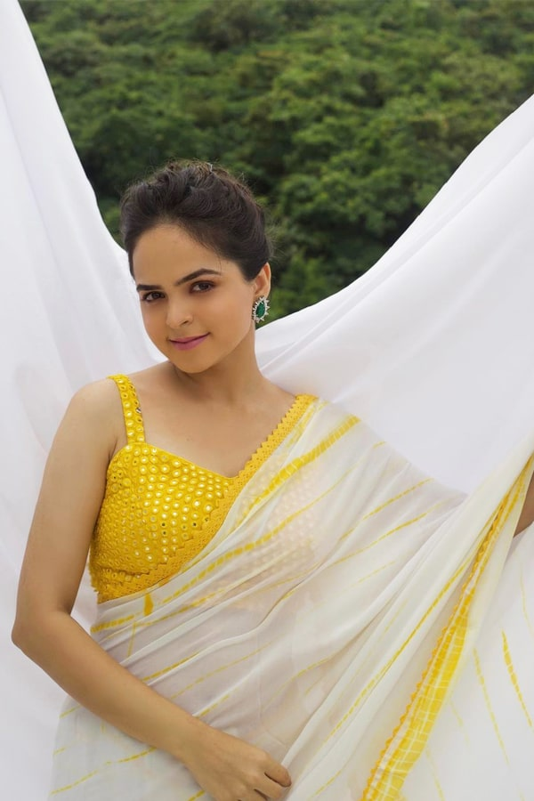 Palak Sindhwani yellow saree