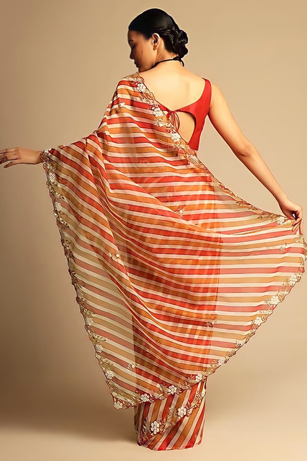Party wear saree for married girl 2021 (2)
