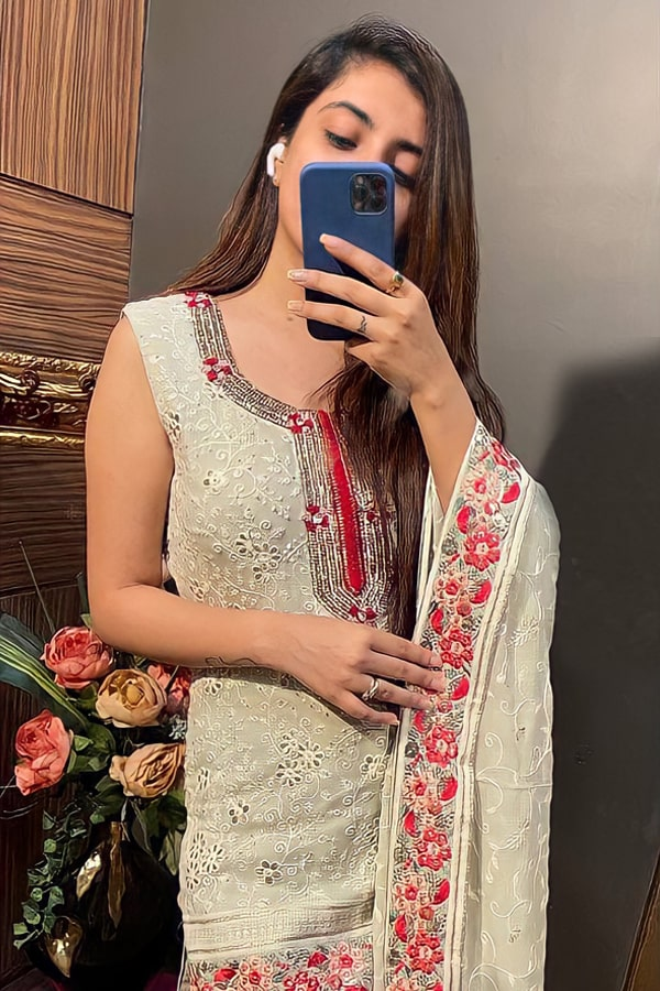 Sharara suit design 2021 party wear girl