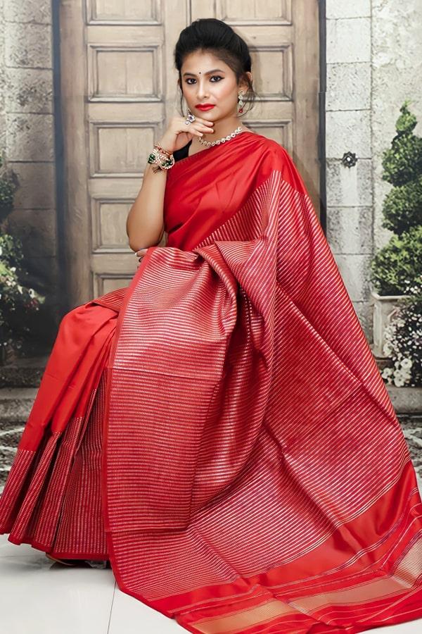 Soft silk kanchipuram silk sarees for wedding red