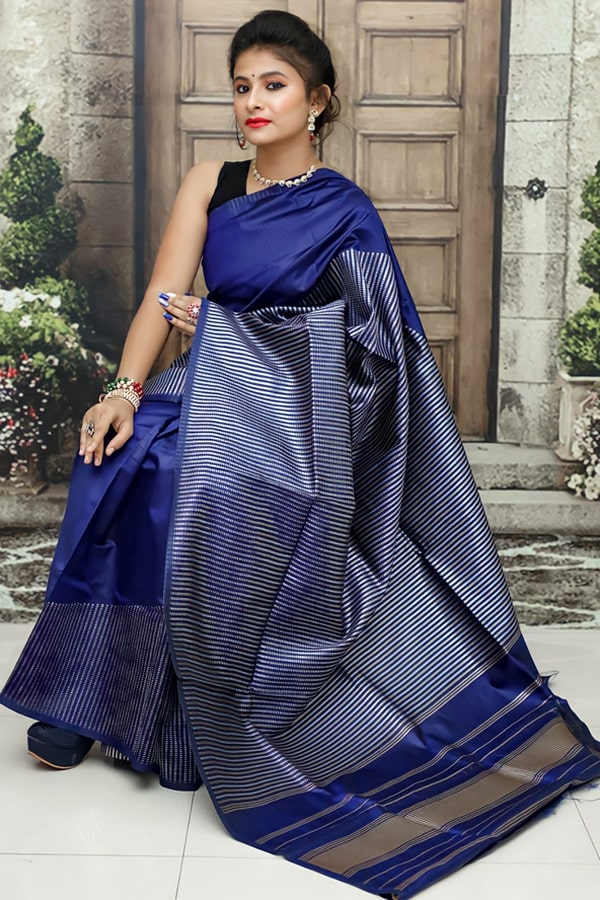 Soft silk kanchipuram silk sarees for wedding