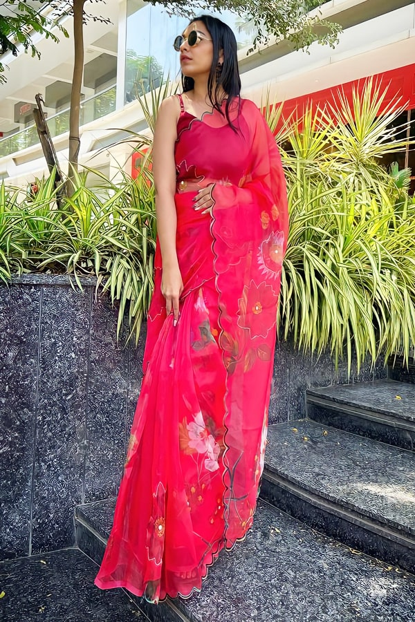 Fashionable party wear saree for unmarried girl red