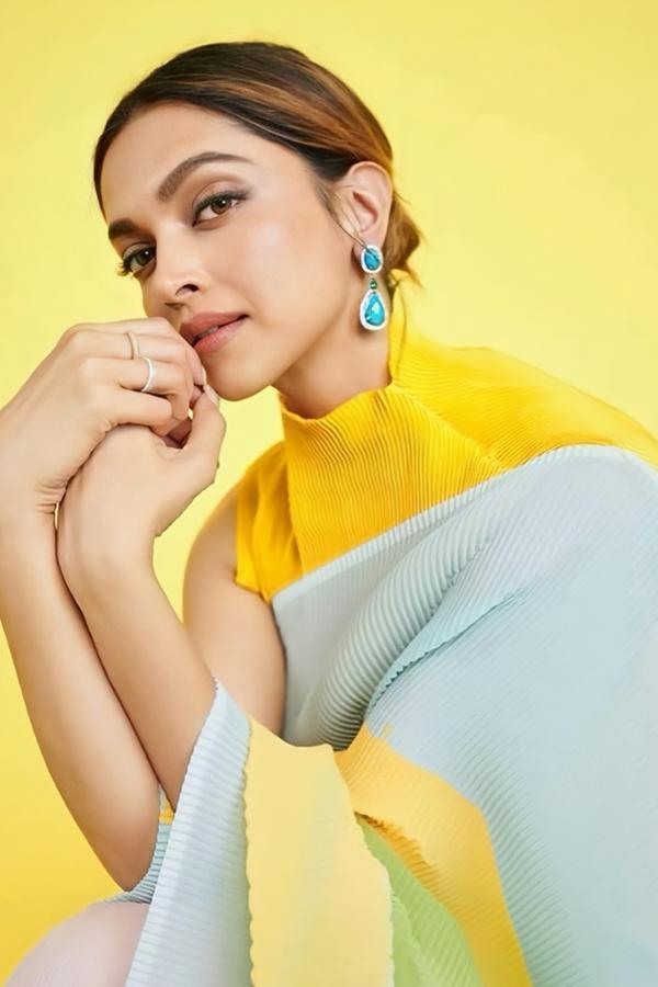 Deepika Padukone Yellow Saree KBC online
