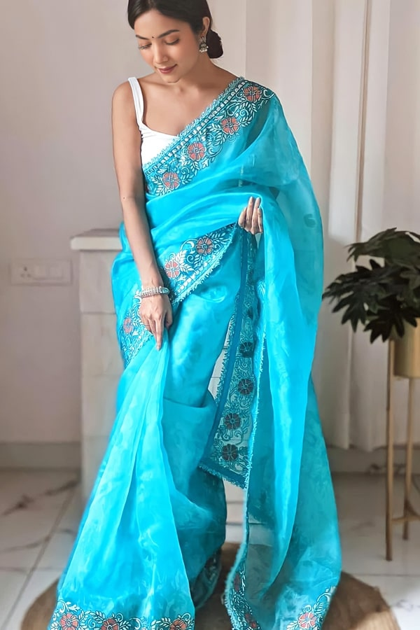 Designer sarees for wedding party online blue (2)