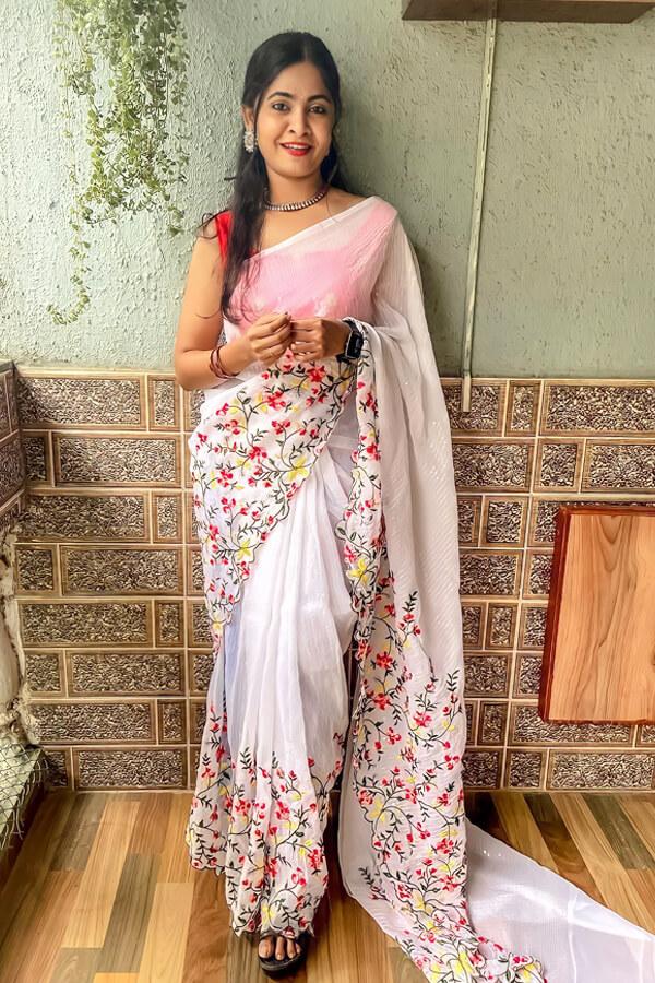 Durga puja saree look collection 2021 yellow white