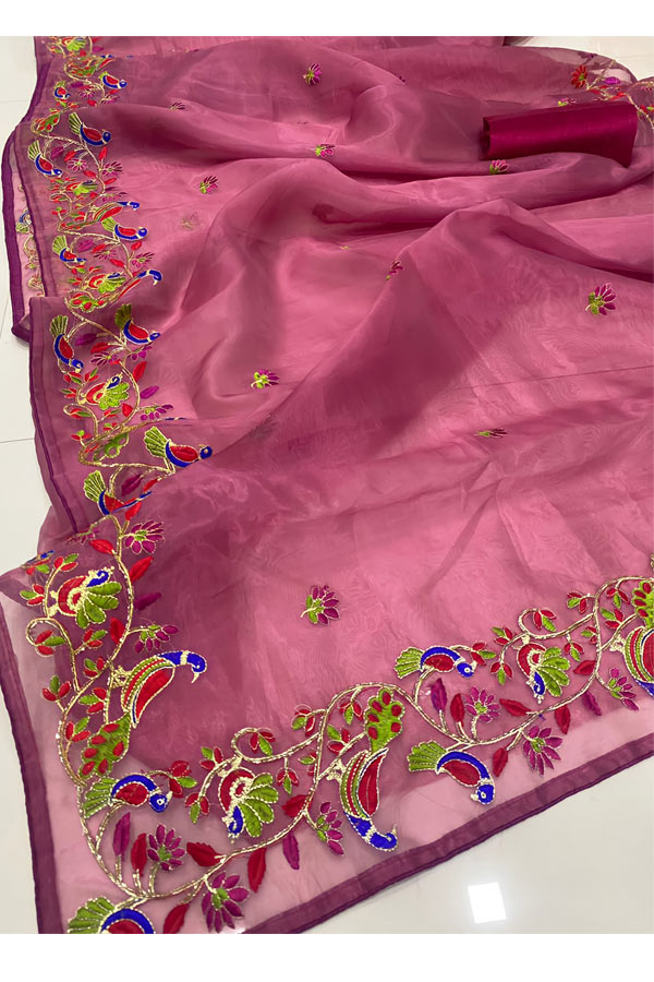 Latest new saree design 2021-2022 Designs