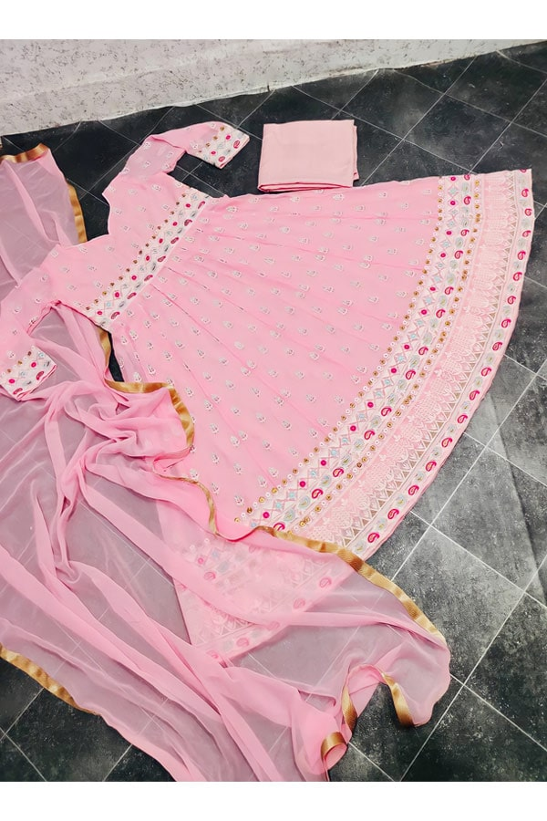 Latest party wear dresses for ladies