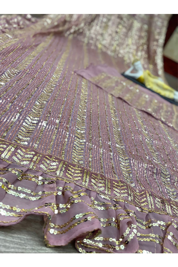 New saree design 2021-2022 Images Party wear.