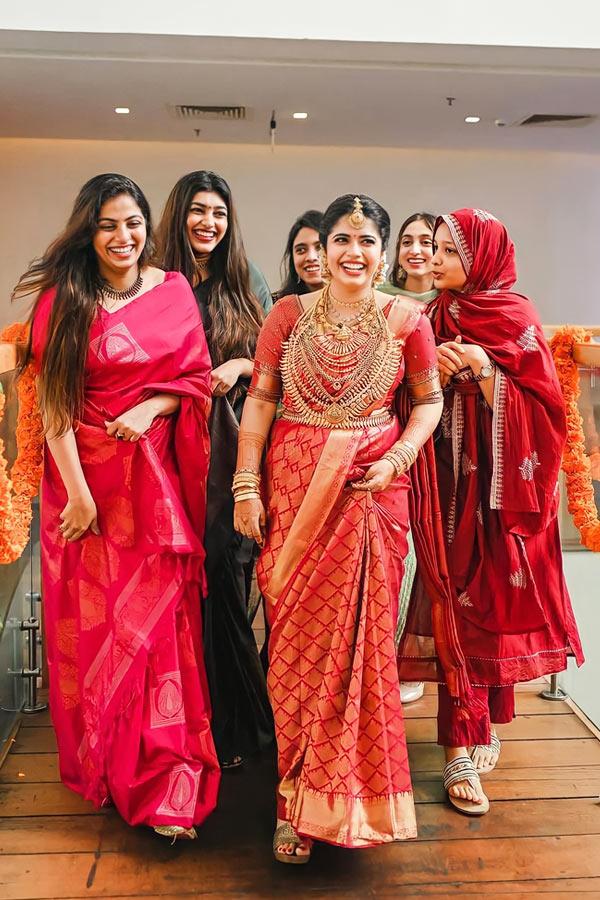 New saree design 2021-2022 for wedding Red.