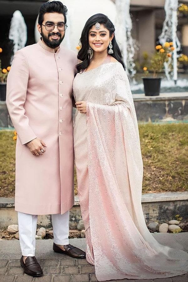 Parampara tandon Bollywood Sequin saree (2)