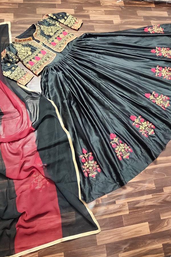 Party wear crop top lehenga with jacket online.