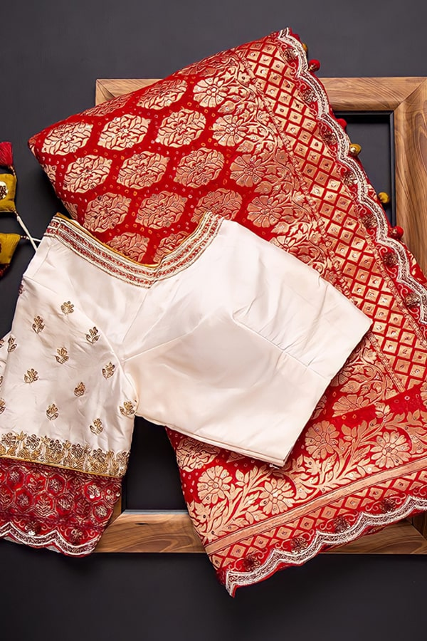 Red and white saree for durga puja 2021