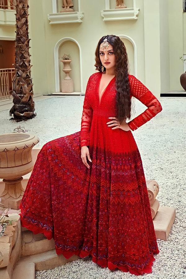 Sonakshi sinha Red gown