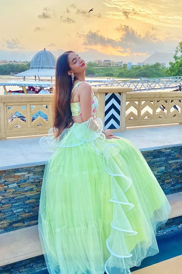 Anushka sen dress online shopping Lehenga