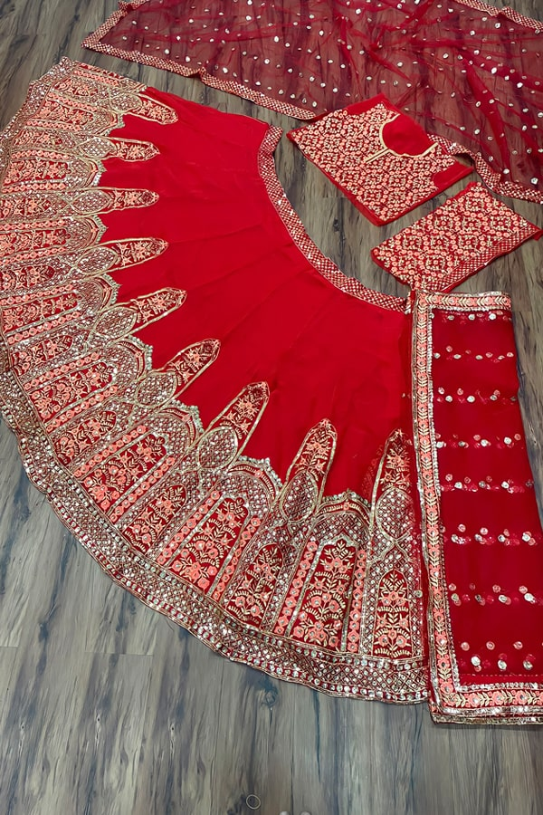 Latest bridal lehenga designs 2021 for wedding.