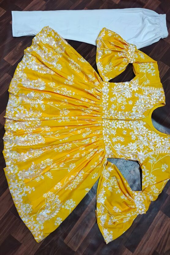 Latest kurti design Images 2022 Girls yellow