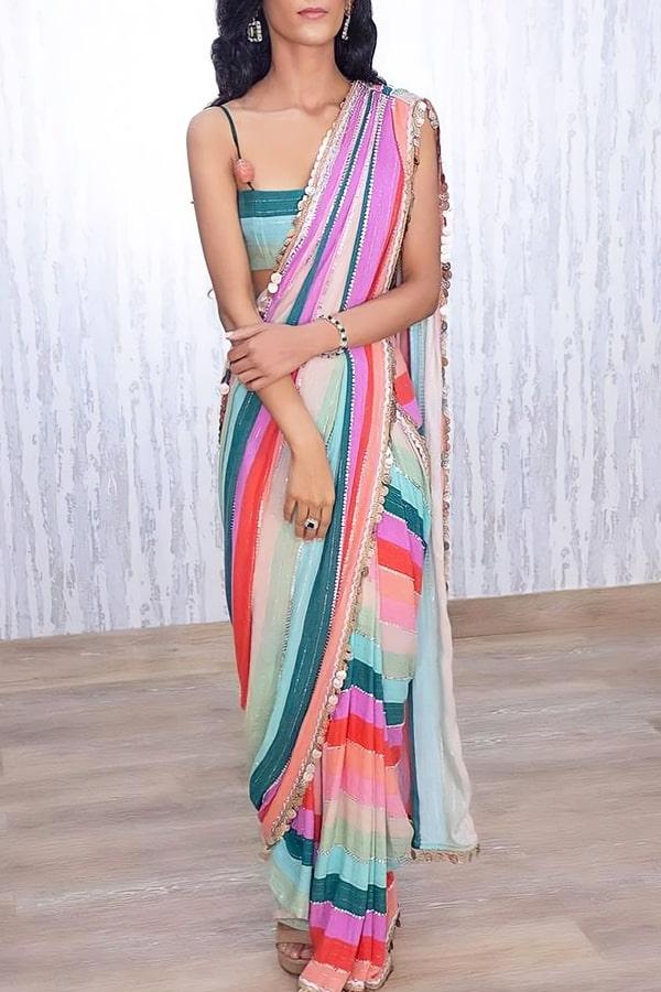 New saree design 2021-2022 Latest Photo
