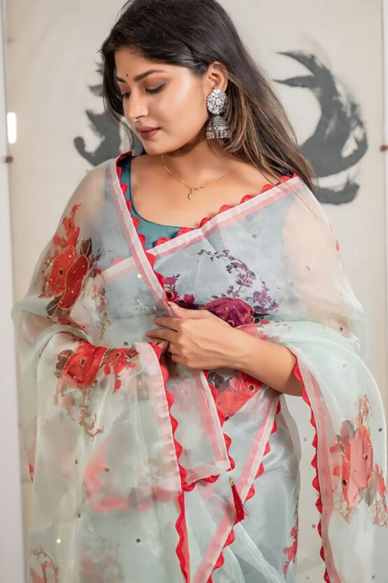 Party wear saree new design 2022 for girl