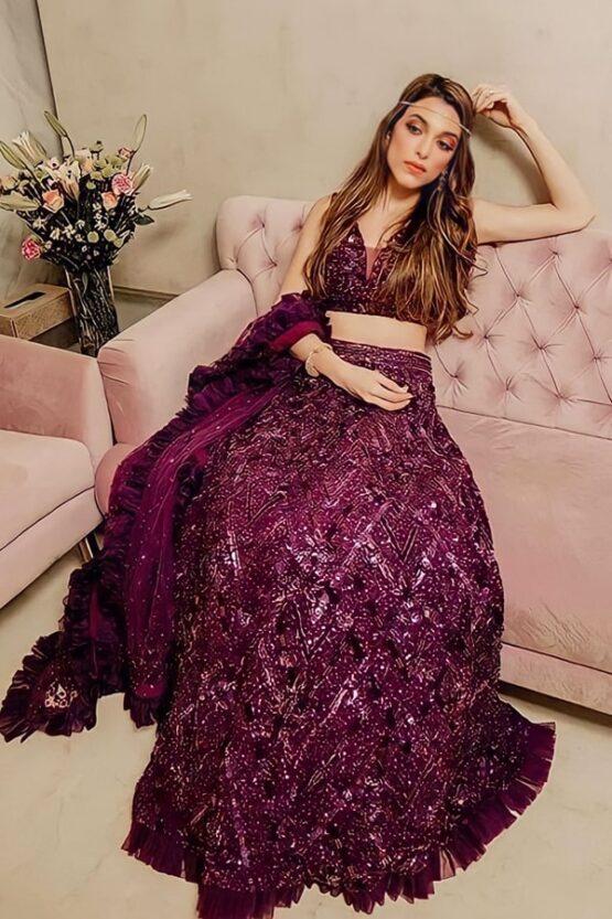 Simple Lehenga for bride sister online 2021-2022 pink