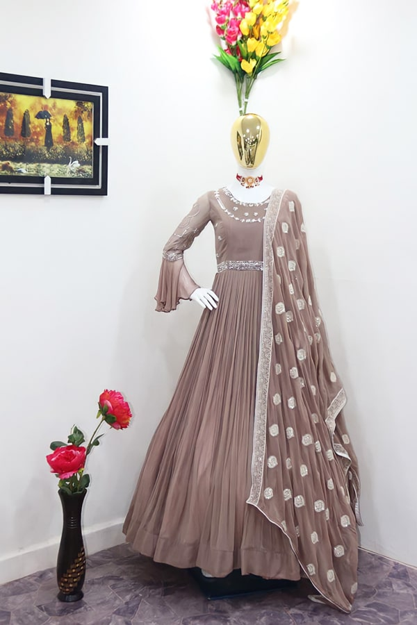 long gown design images 2021-2022